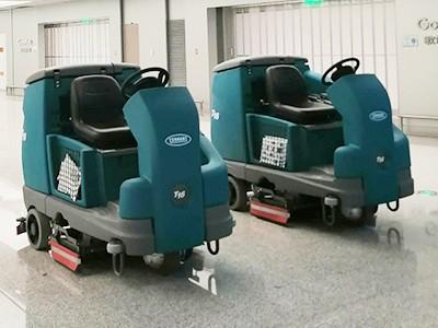 青岛胶东国际机场在捷立机械采购坦能洗地机