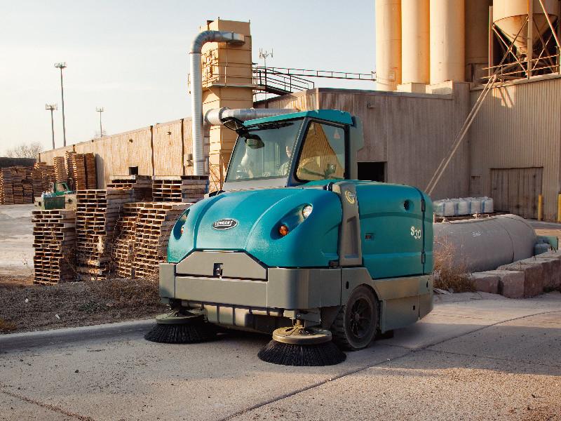 工厂扫地机怎么用?为什么工厂要使用扫地机