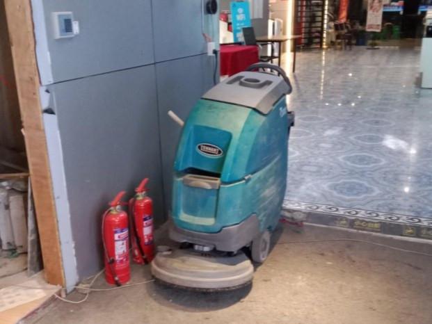【客户案例】济南ACE健身俱乐部租赁坦能T300手推式洗地机一台