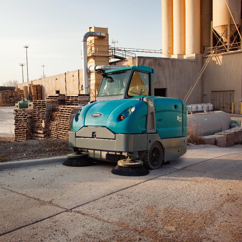 坦能工业扫地机S30