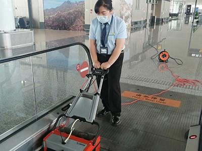 商场车站自动扶梯如何清洗?用这个黑科技!