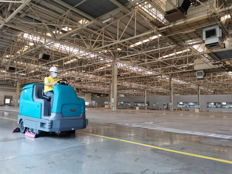 不同工厂适合用什么类型的洗地机?