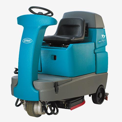 坦能驾驶式洗地机T7