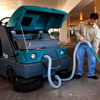 坦能驾驶式洗地机s20